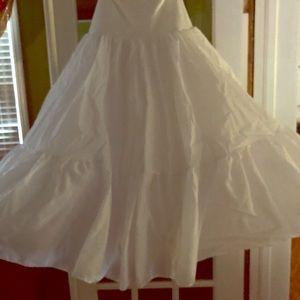 Dresses & Skirts - Pageant or wedding gown crinoline slip